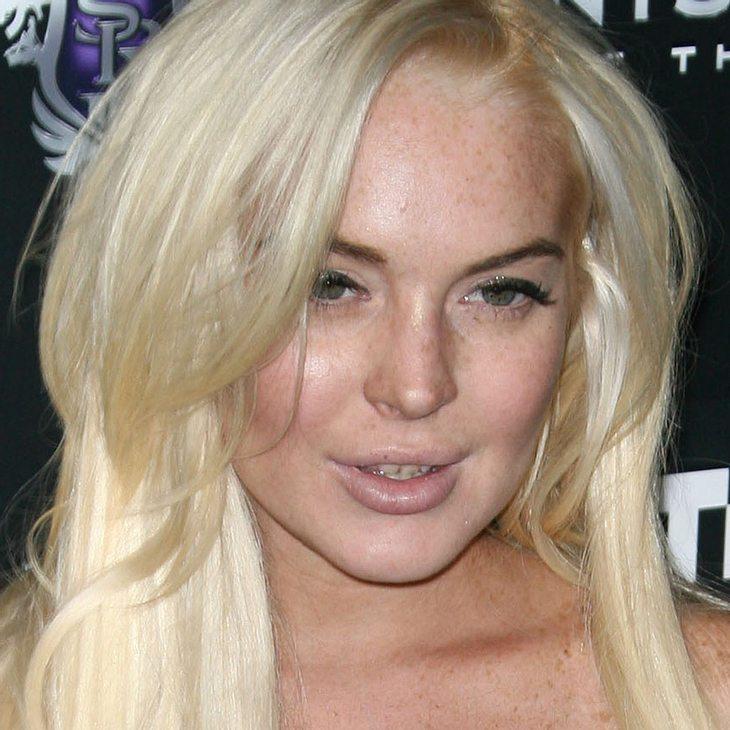 Lindsay Lohan: Halloween in der Leichenhalle