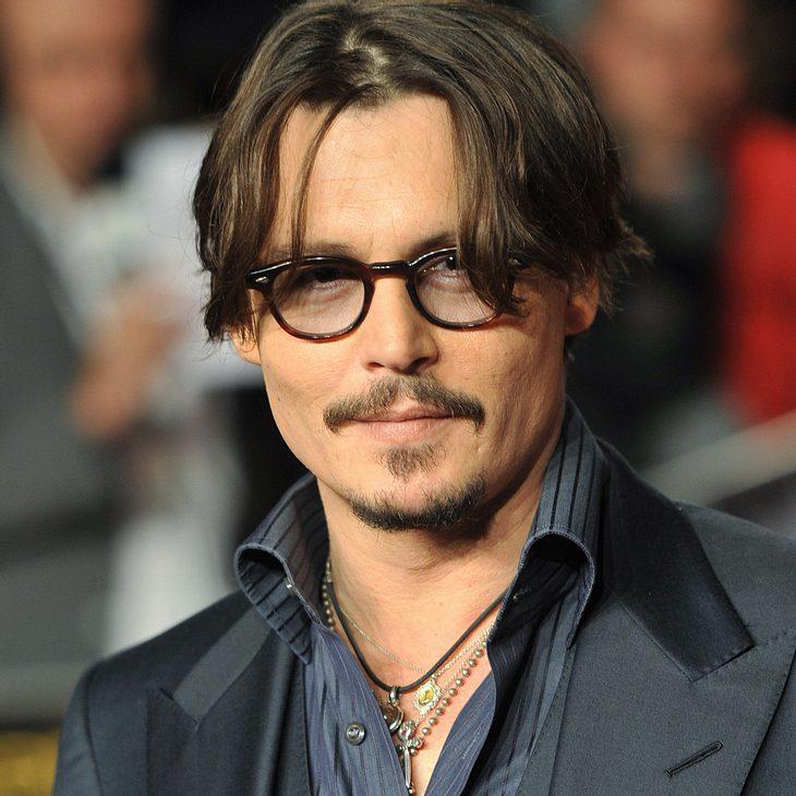 Johnny Depp: Alleine bei den Grammys