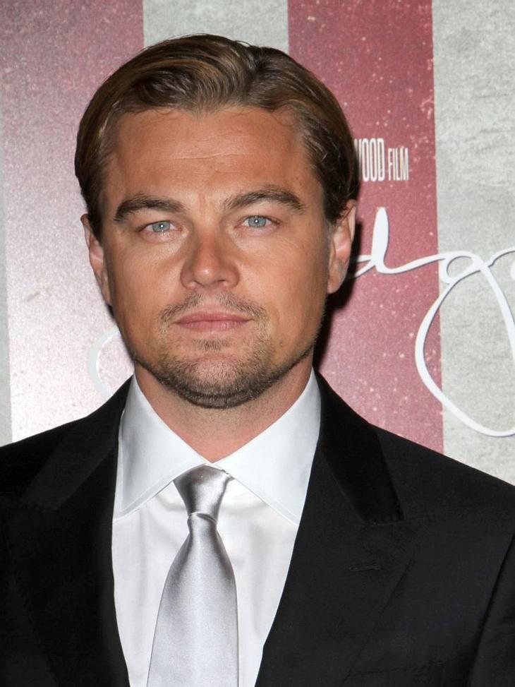 """Stars und ihre DoppelgängerDer """"Inception""""-Star Leonardo DiCaprio (37) trägt am liebsten Dreitagebart. """"Ich versuche nicht, cool oder trendy zu sein"""", so Leo."""