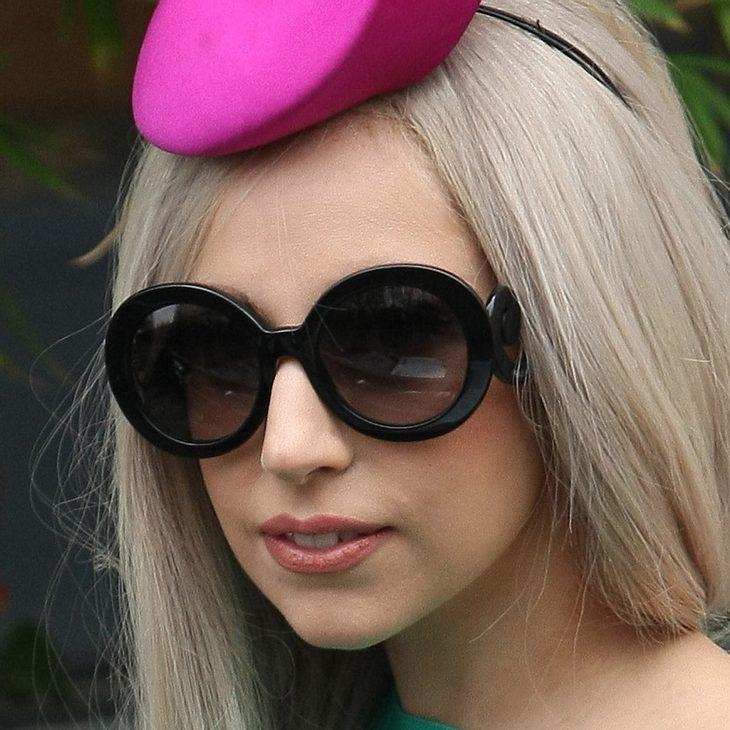 Lady Gaga erleichtert sich im Mülleimer