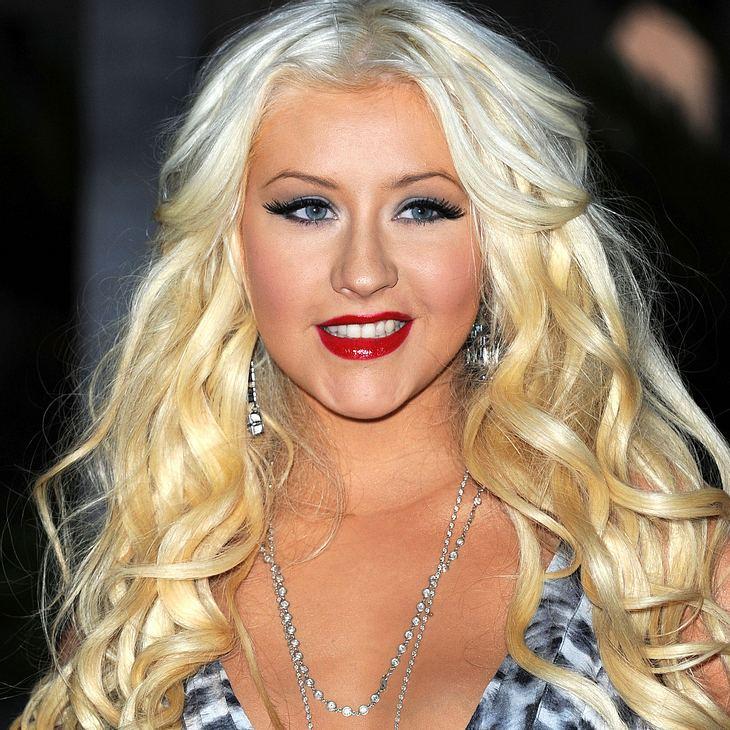 Christina Aguilera verteidigt Extrapfunde