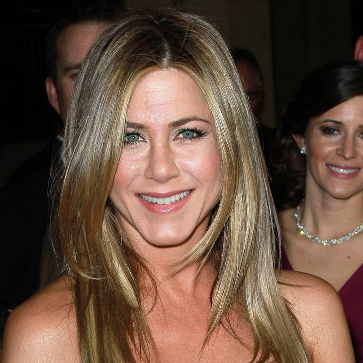 Jennifer Aniston: Verlobungsring am Finger?