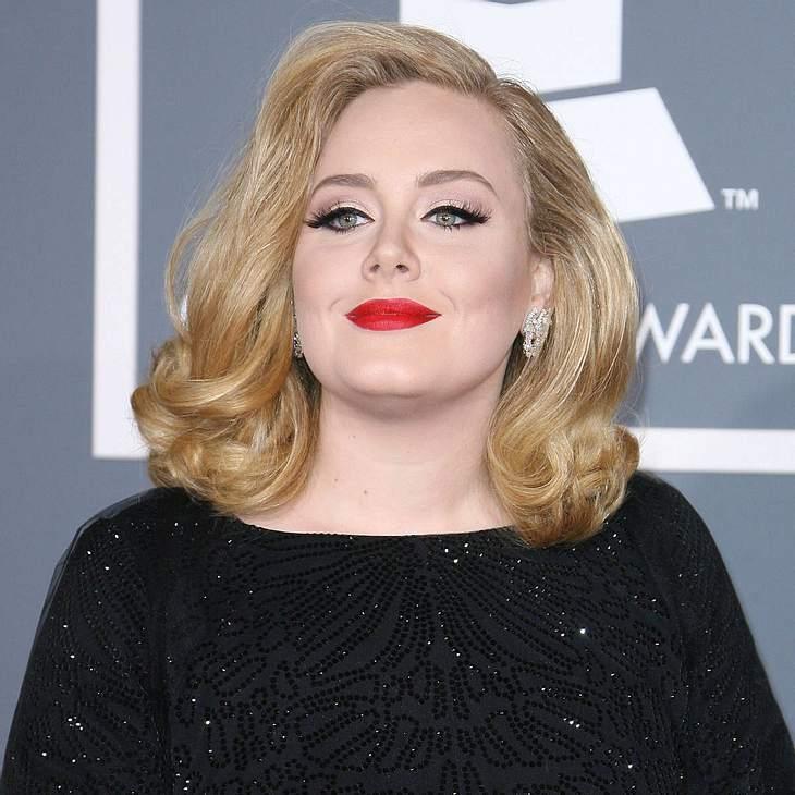Adele: Strafzahlung wegen Baby