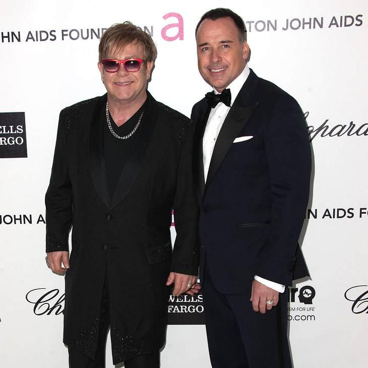 Elton John bestätigt erneute Vaterschaft