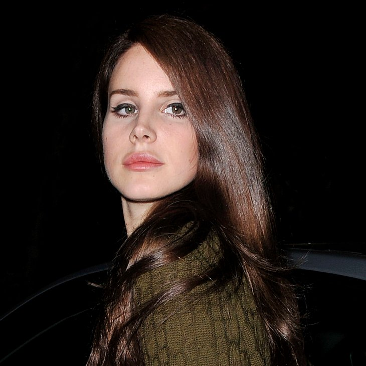 Lana Del Rey lässt die Hüllen fallen