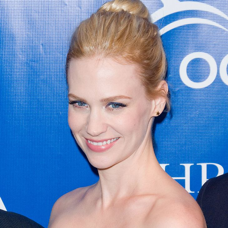 January Jones blamierte sich an der Stange