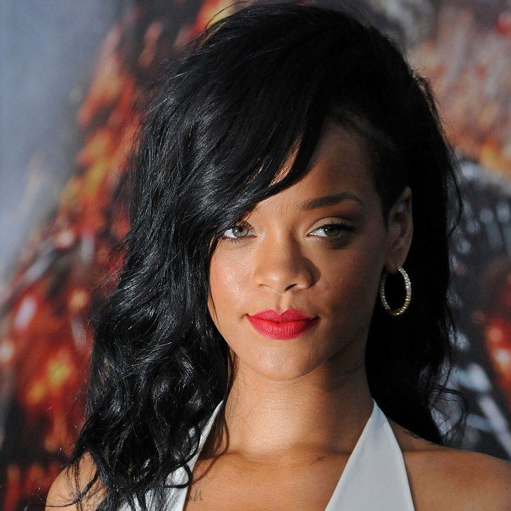 Rihanna: Im neuen Video oben ohne