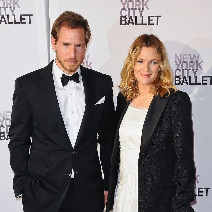 Drew Barrymore feiert Verlobungsparty