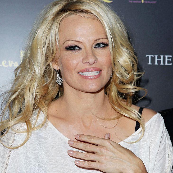 Pamela Anderson bricht Ehe-Versprechen