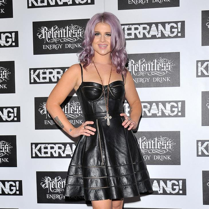 Kelly Osbourne vermisst ihre großen Brüste