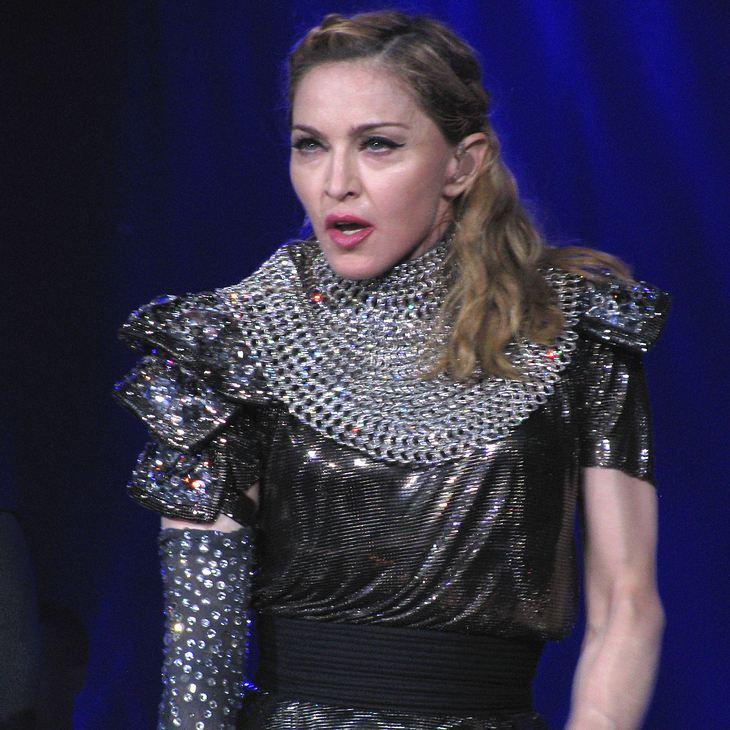 Madonna an Kehlkopfentzündung erkrankt