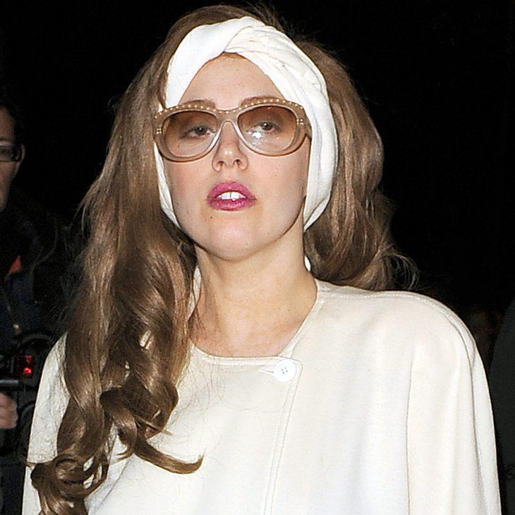 Lady Gaga wird für Joint gerügt
