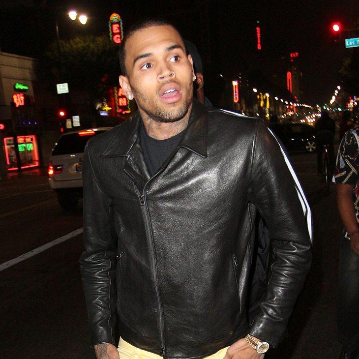 Chris Brown schockt zu Halloween als Terrorist