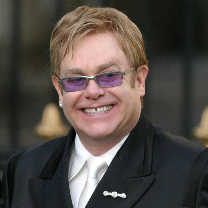 """Elton John verklagt """"The Times"""""""