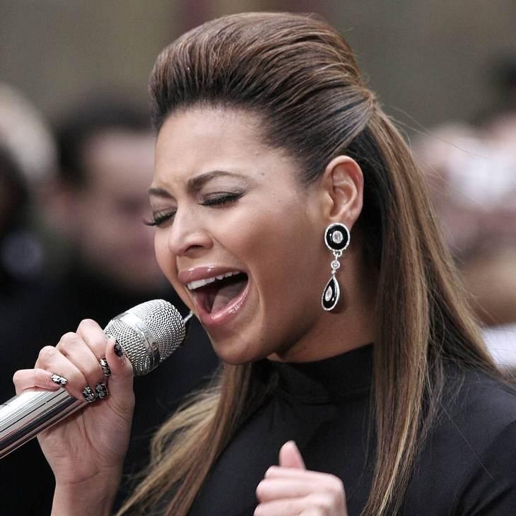 Beyoncé: Playback bei Landeshymne