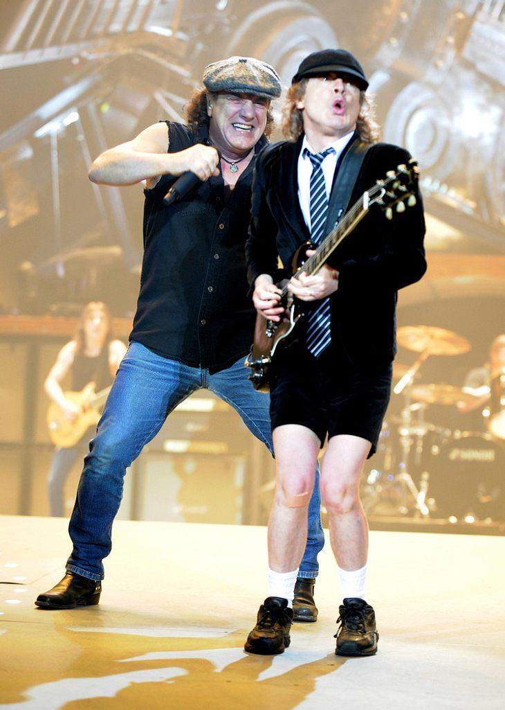 AC/DC rocken im Regen