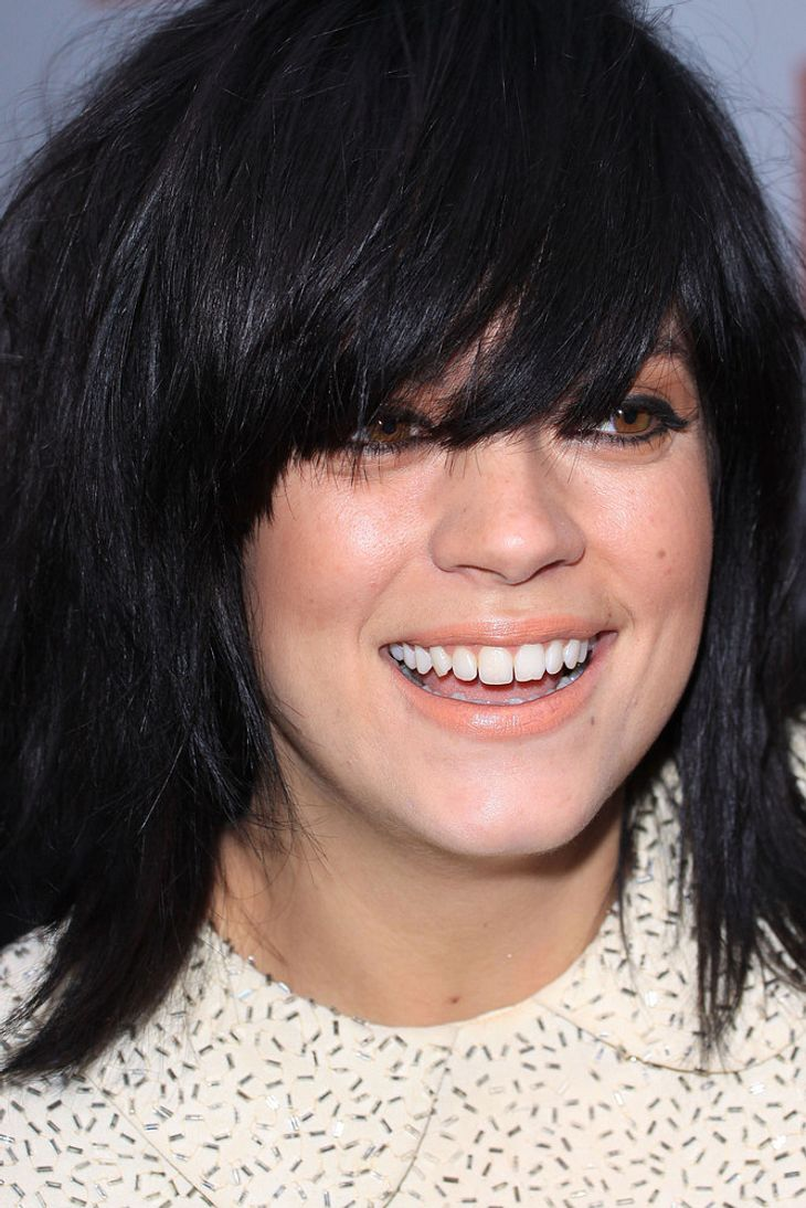 Lily Allen bereut Shoppingtouren