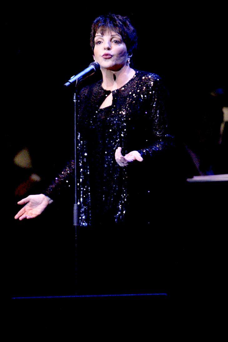 Minnelli lässt Grammys wegen Knie-OP aus