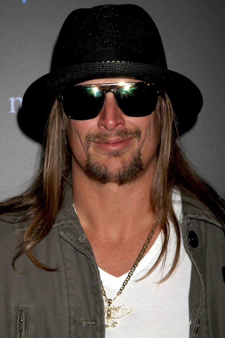 Kid Rock moderiert CMT Awards