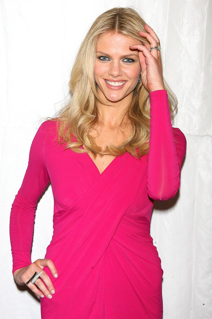 Model Brooklyn Decker geht zum Film
