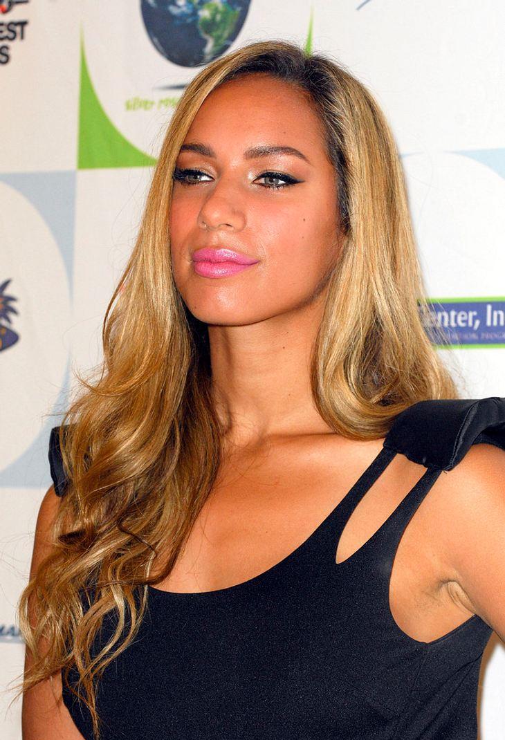 Leona Lewis nach Aufzugschacht-Sturz unverletzt