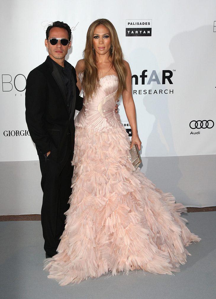 Lopez & Anthony feiern Einweihungsparty und Hochzeitstag