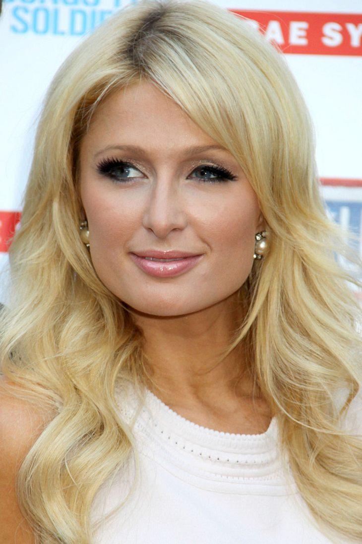 Paris Hilton dementiert Pauly D-Gerüchte