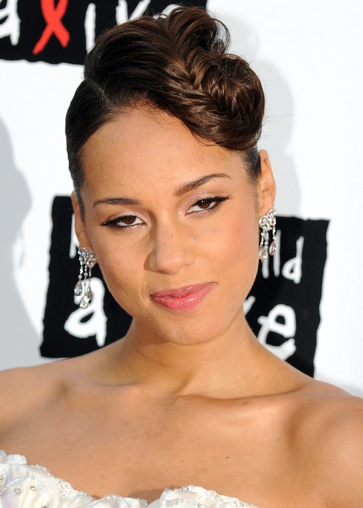 Alicia Keys bringt Promis zum Twitter- und Facebook-Ausstieg