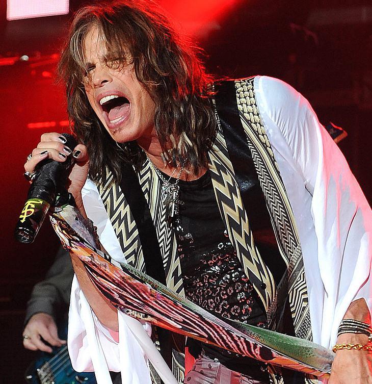 Joan Jett rockt mit Aerosmith