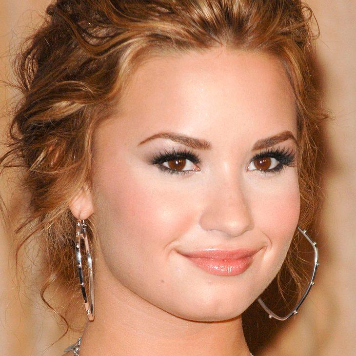 Demi Lovato dankt ihren Fans für ihre Unterstützung