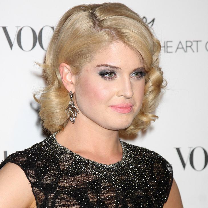 Kelly Osbourne lobt Madonnas Erziehung