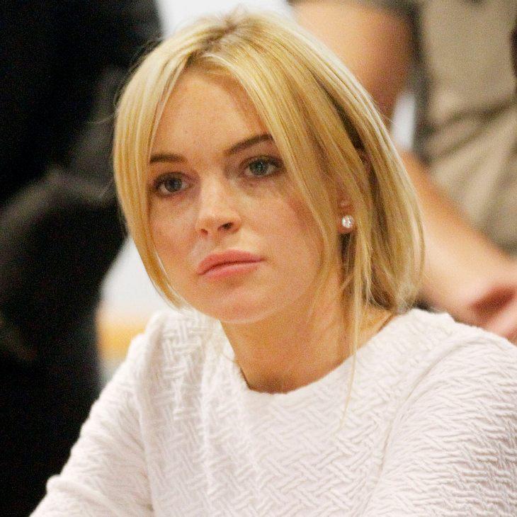 Schluss mit lustig: Noch so ein Ding, dann Knast! Richter Schwartz droht Lindsay Lohan mit Gefängnis Langfinger-Lindsay Lohan vor Gericht