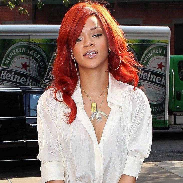 Rihanna: Haarsträubende Friseurrechnung