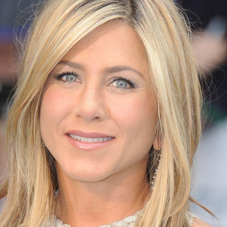 Jennifer Aniston wirft Stuhl nach Regisseur