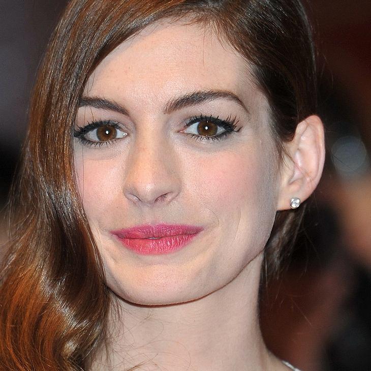 Anne Hathaway setzt sich für gleichgeschlechtliche Ehe ein
