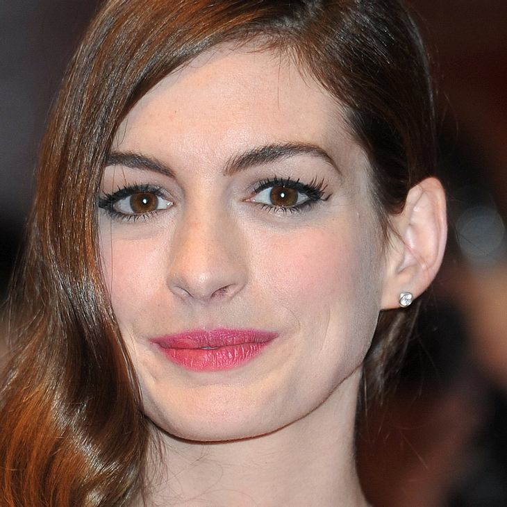 Anne Hathaway protestiert in New York