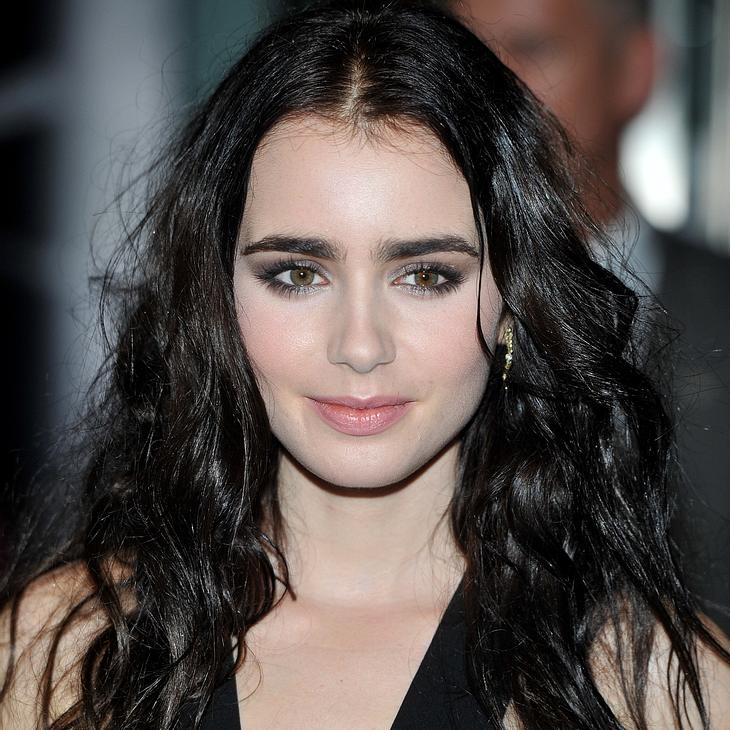 Lily Collins datet Zac Efron