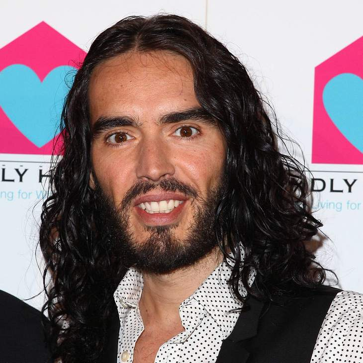 Russell Brand spendet 1500 Pfund an Obdachlose