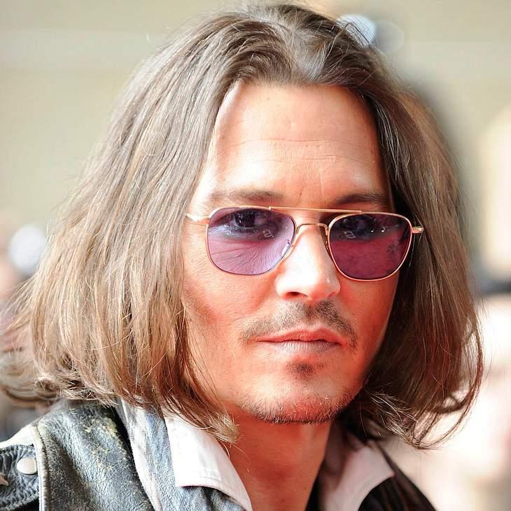 Johnny Depp lädt One Direction zum Musizieren ein