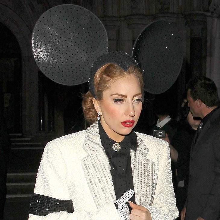Lady Gaga ersteigert Jackson-Garderobe