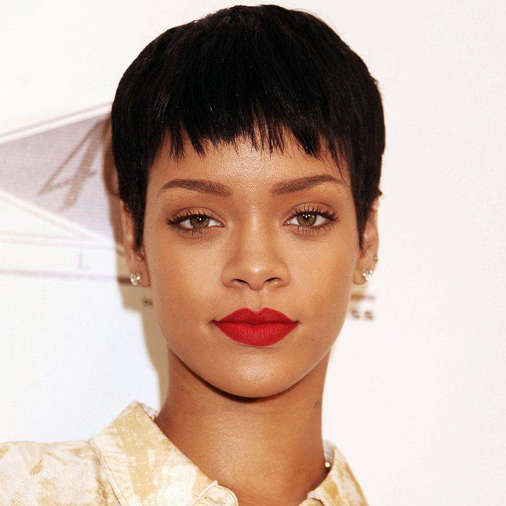 Rihanna besucht Haus ihrer Großmutter