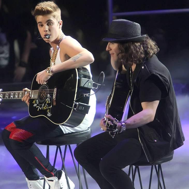 Justin Bieber betet für Newton-Opfer