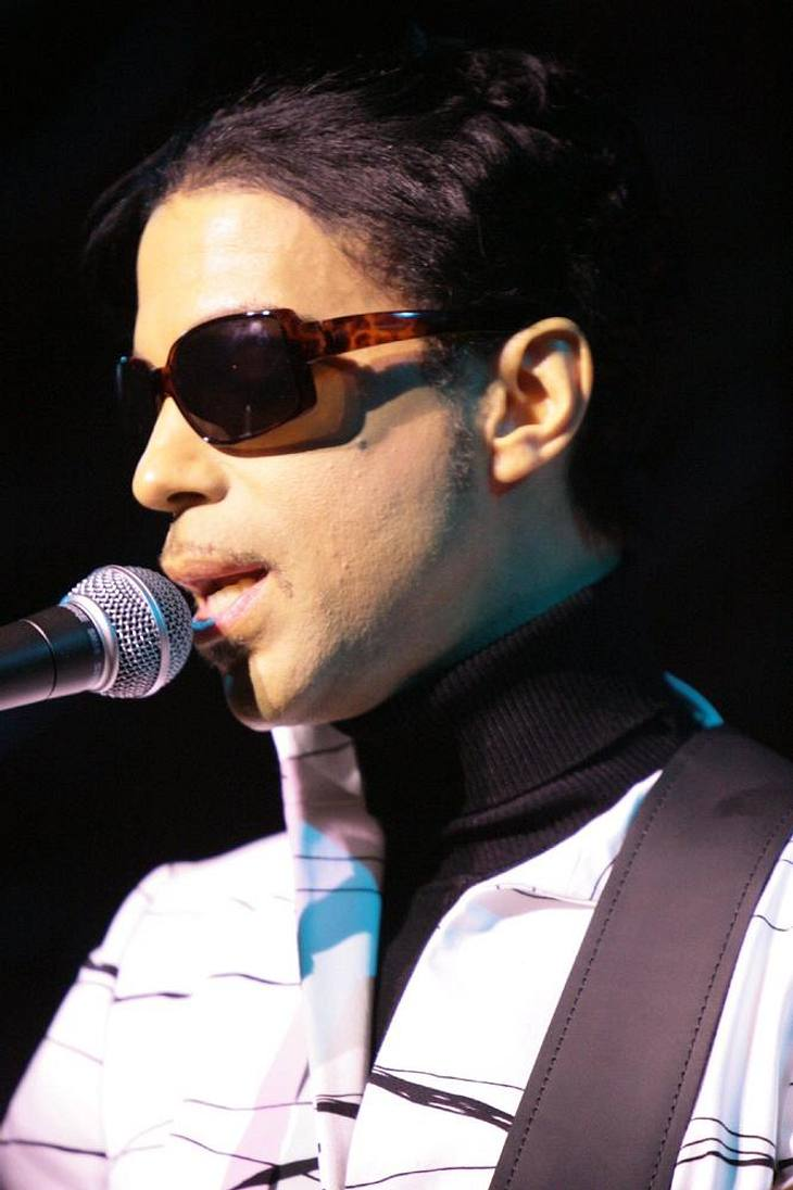 Prince gibt Überraschungs-Gig in Paris