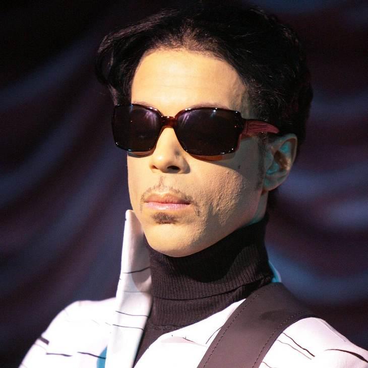 Prince hält nicht viel vom Internet