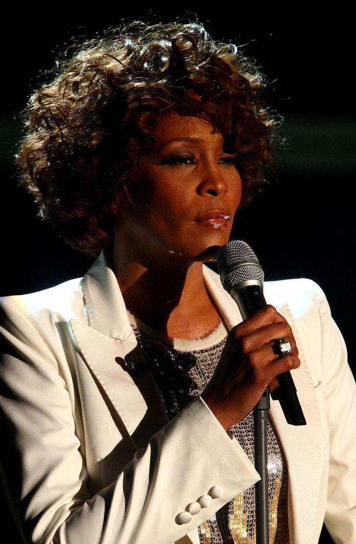 Whitney Houston dementiert Krankheitsgerüchte