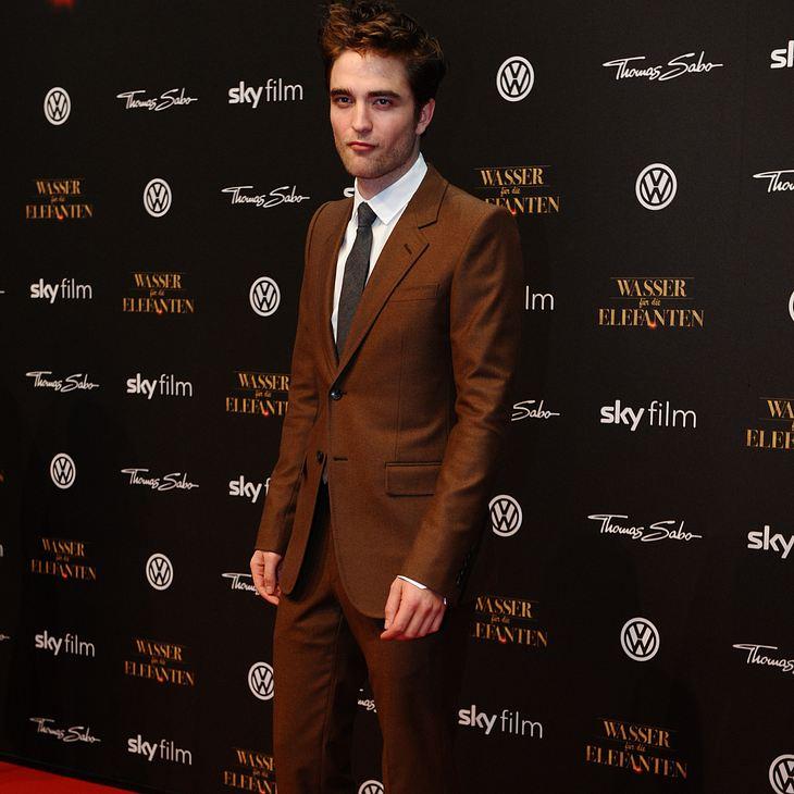 Robert Pattinson feiert ohne Kristen Stewart