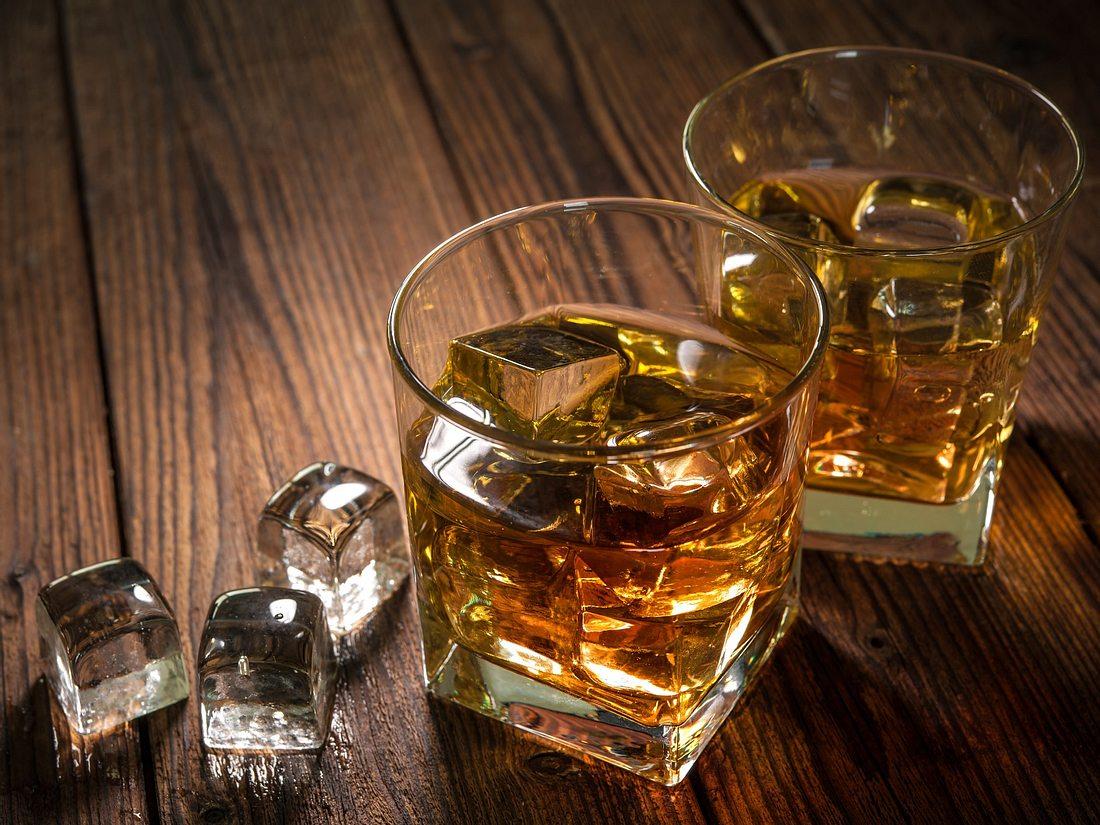 Whisky Set und Eiswürfel