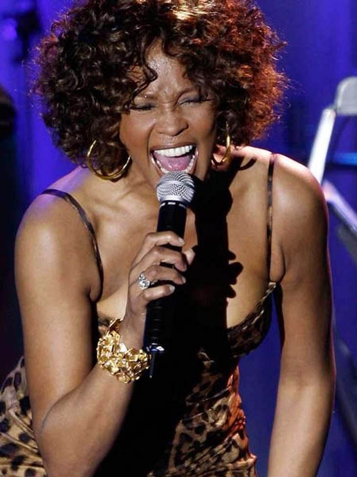 Whitney Houston - eine Karriere in BildernWhitney Houston performte 2009 zu Ehren von Clive Davis im Beverly Hilton Hotel. Wo sie, fast genau drei Jahre später, starb.