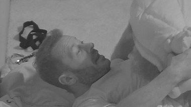 Evelyn Burdecki & Willi Herren: Sex im Schlafsack? - Foto: Sat.1