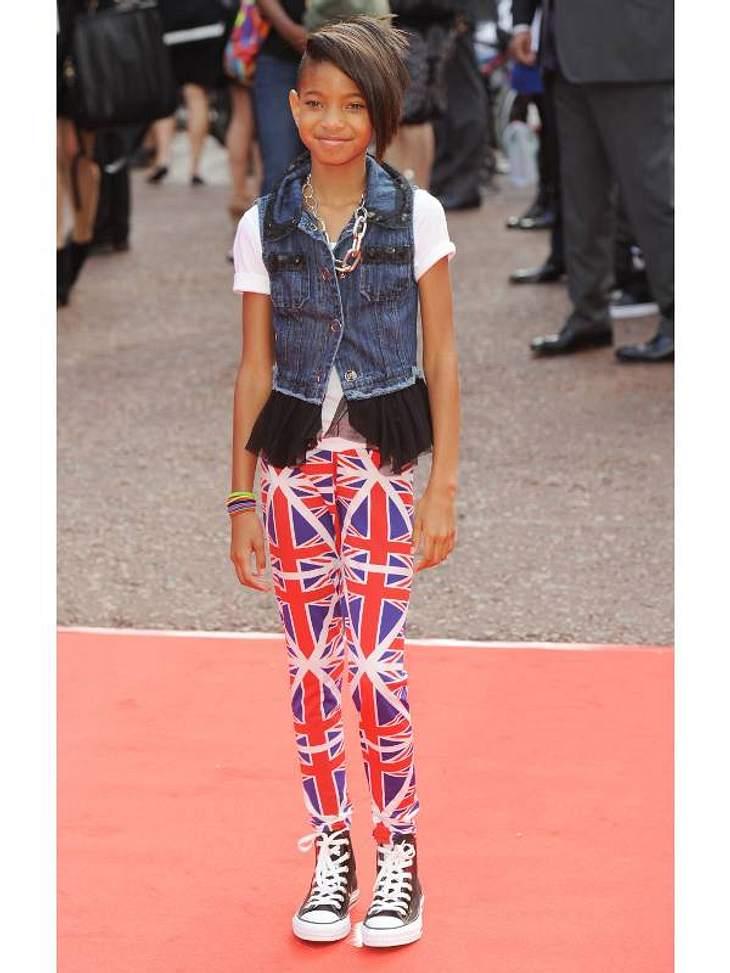 undefined Stars in der Styling-Krise! Die größten Fashion-Fiaskos im Juli